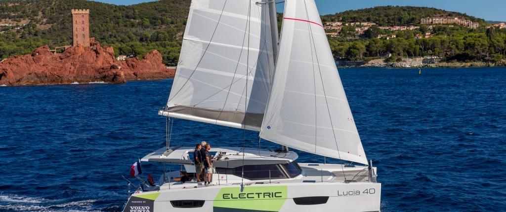 Lucia 40 Founaine Pajot Volvo Penta Electric